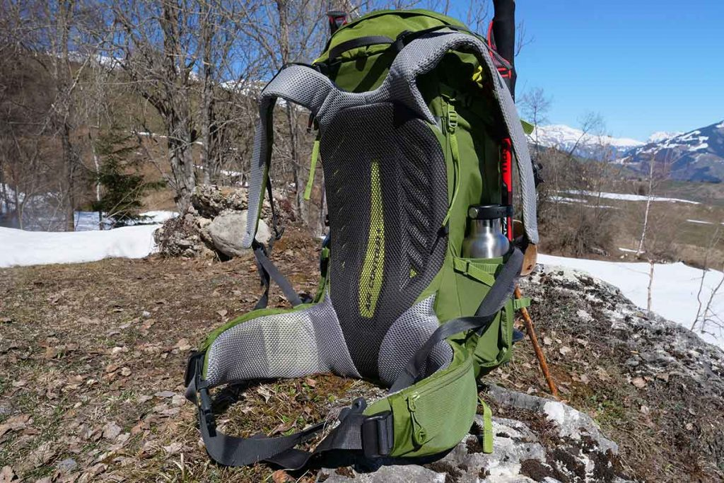 The Air Contour + carrying system is a close contact system and is excellent in the mountains.