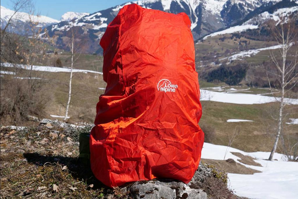 The Altus 42 raincover is bright orange, which is excellent in case of bad weather.